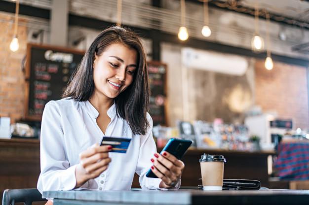 Compras-de-comercio-electrónico-tarjetas-crédito-lima-Perú